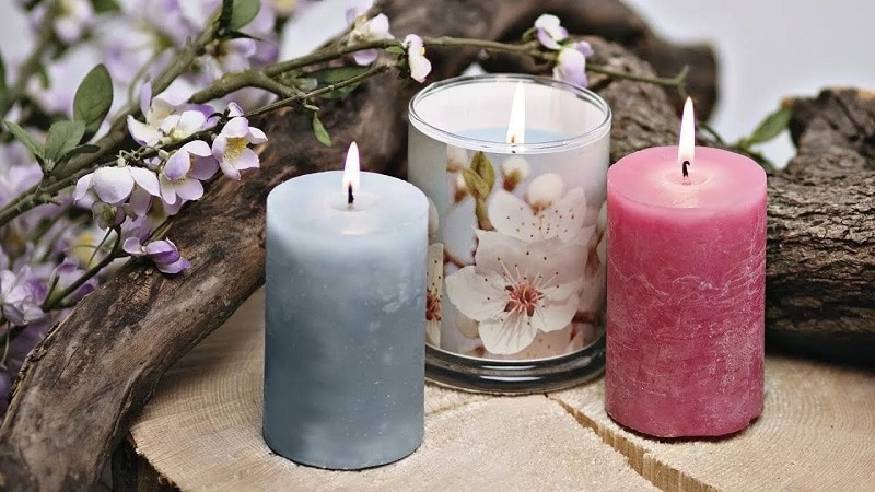 Candles With Essential Oils